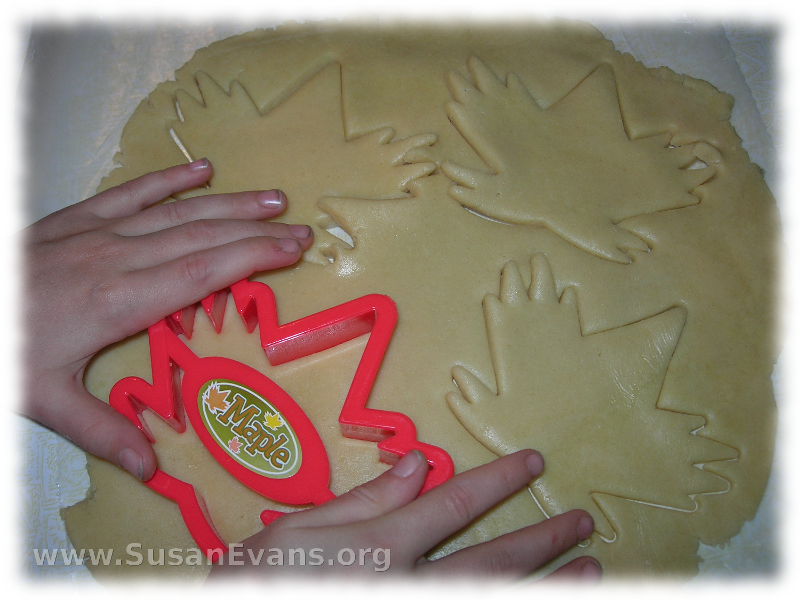 maple-leaf-cookies-2