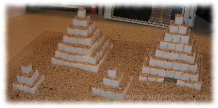 sugar-cube-pyramids