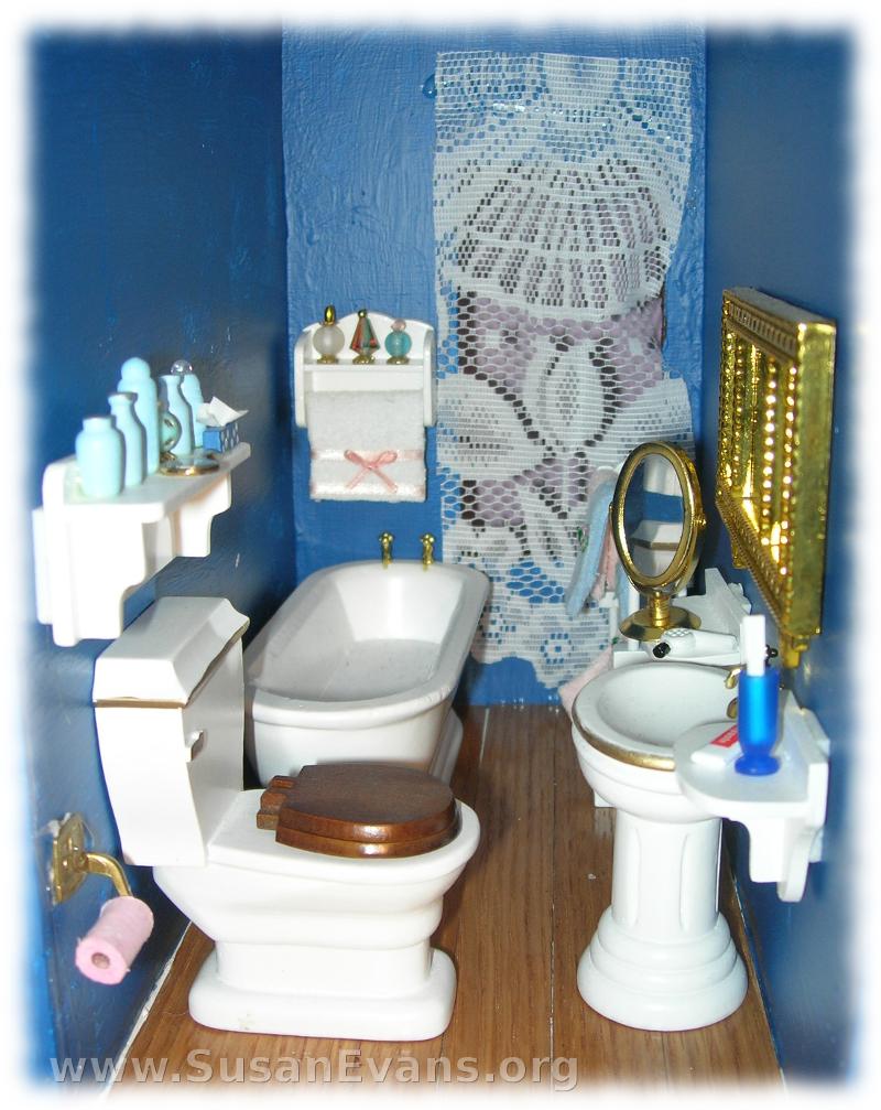 doll-house-bathroom