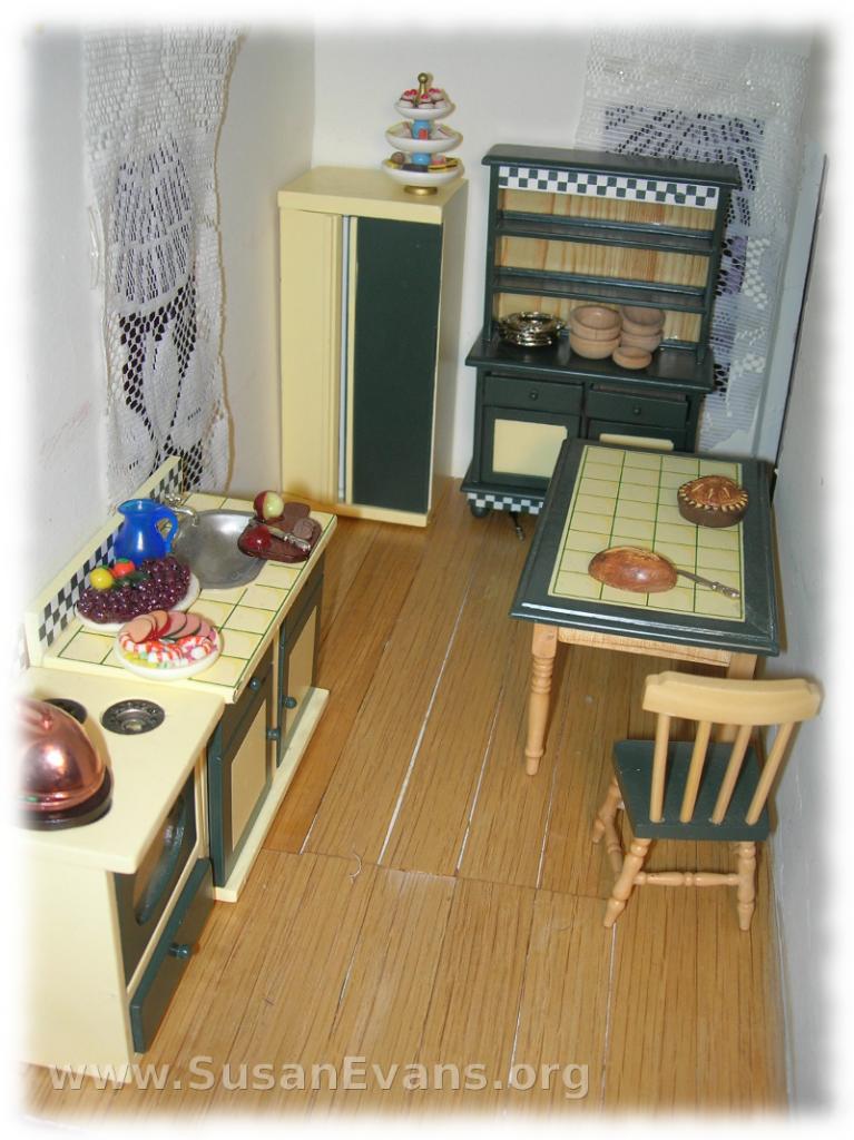 doll-house-kitchen