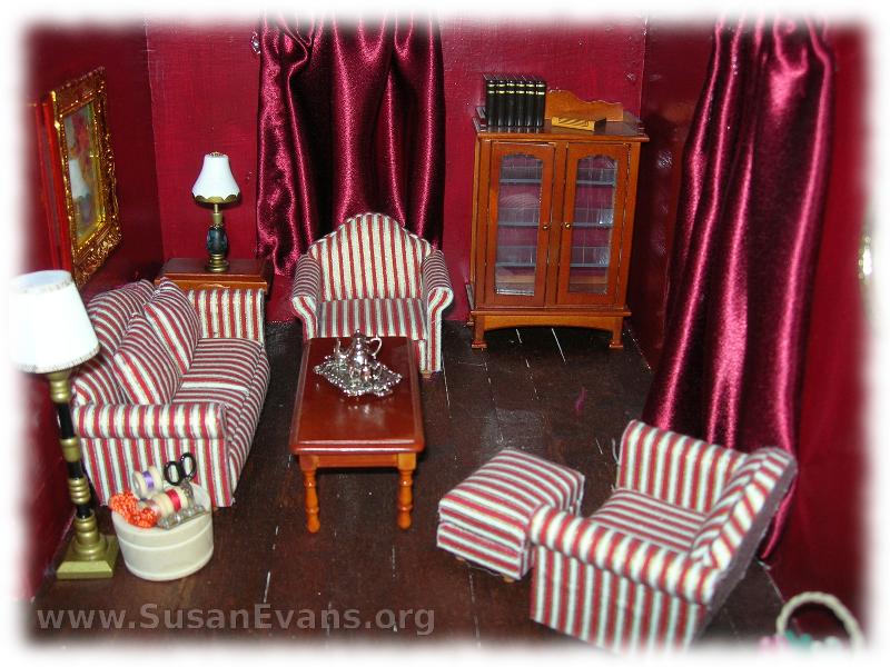 doll-house-living-room