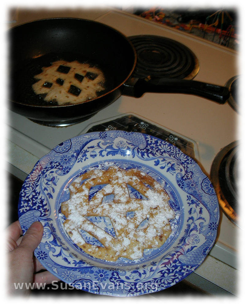 snowflake-funnel-cake-2