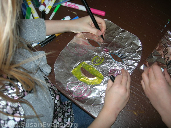 how-to-make-foil-mask