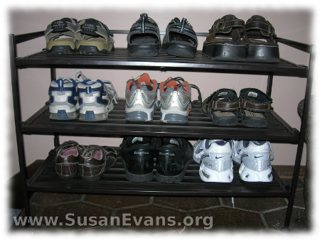 organizing-shoes
