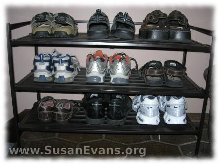 organizing-shoes