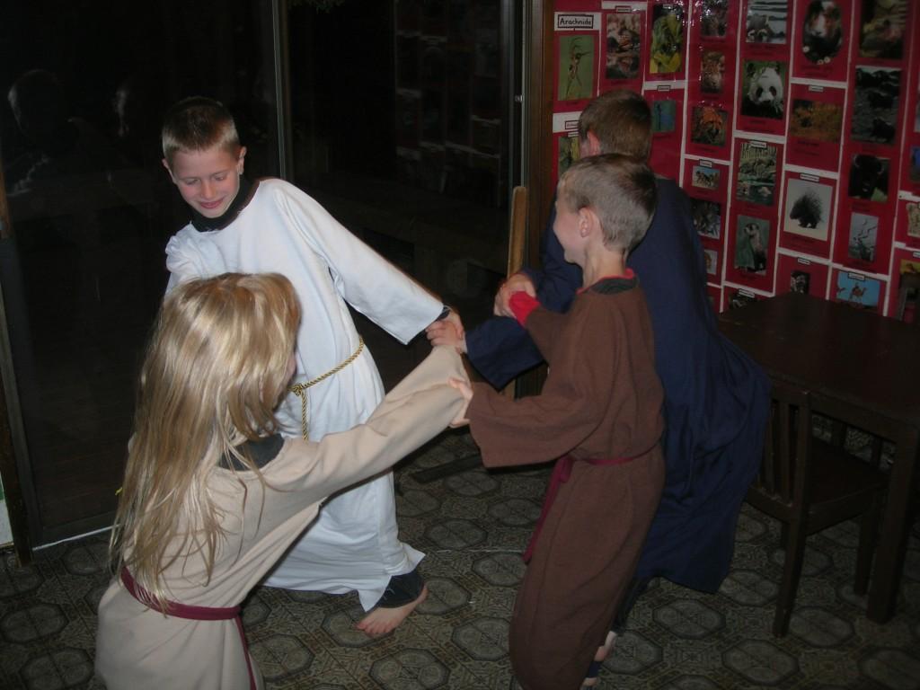 passover-jewish-dancing-6