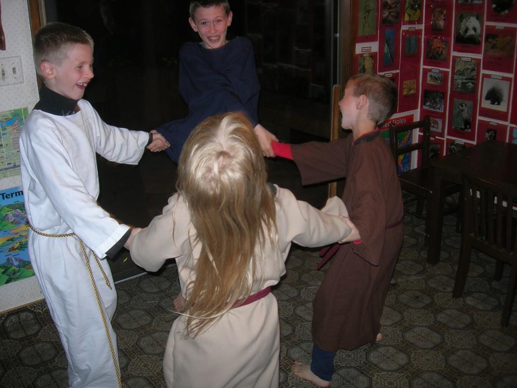 passover-jewish-dancing-7