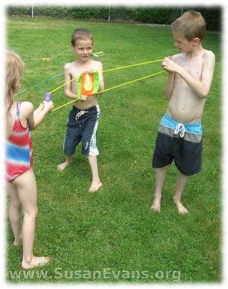 water-balloon-fight-3