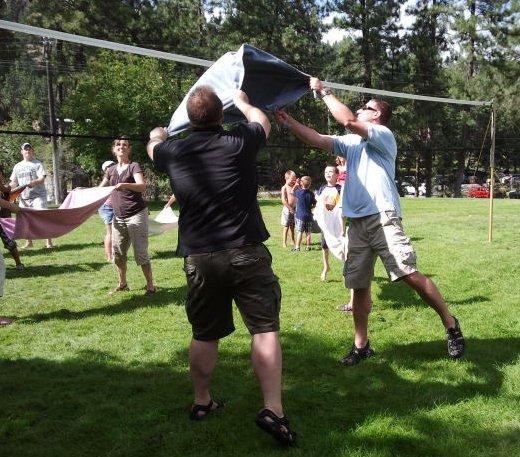 volleyball-water-balloon-toss-4