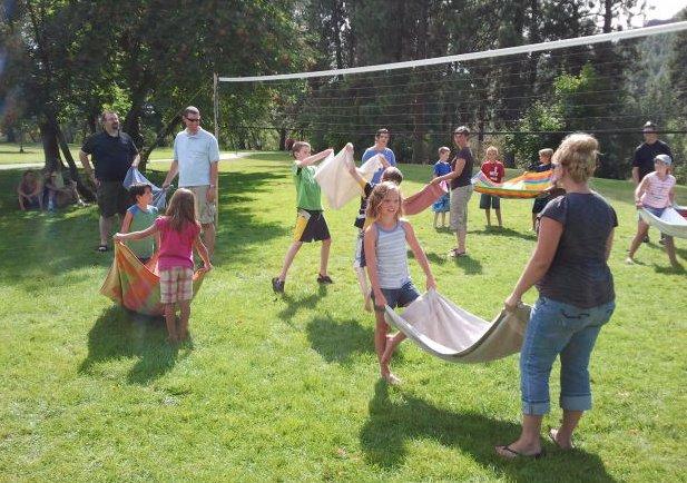 volleyball-water-balloon-toss