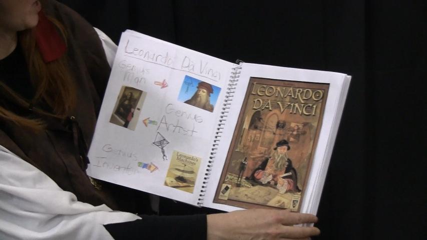Leonardo-da-vinci-notebook
