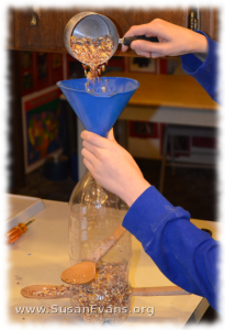 how-to-make-a-pop-bottle-bird-feeder-2