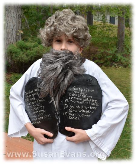 Ten-Commandments-Clay-Craft