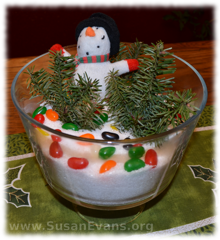 snow-scene-centerpiece