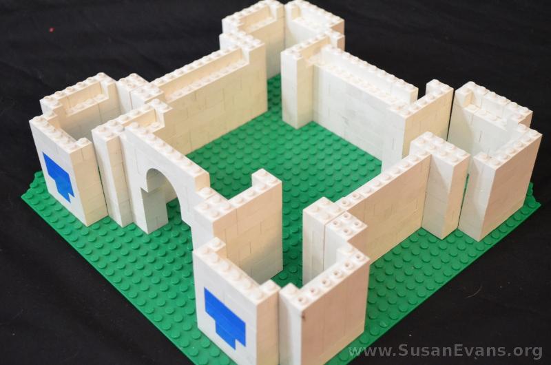 LEGO-castle-2