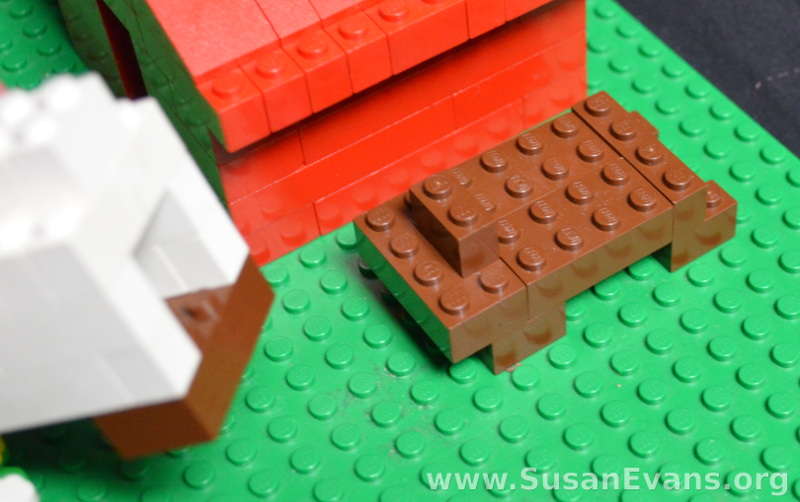 lego-covered-wagon-base