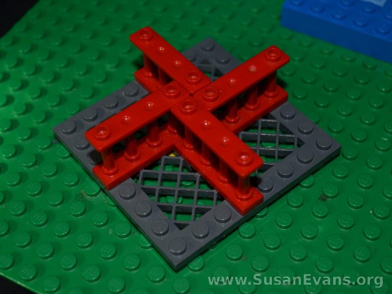 LEGO-merry-go-round