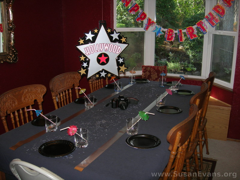 movie-party-decorations