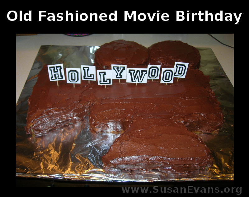 old-fashioned-movie-cake