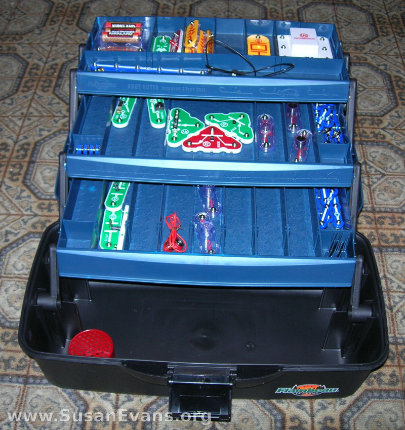 organize-with-tackle-box