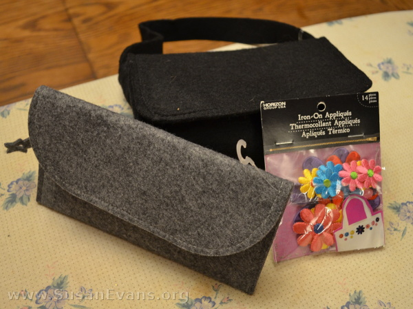 decorate-a-felt-purse
