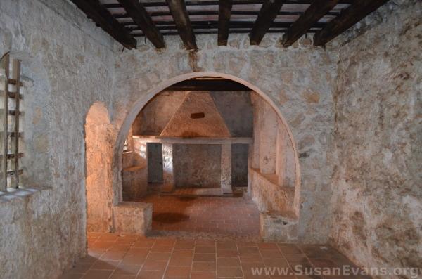 san-felipe-castle-inside