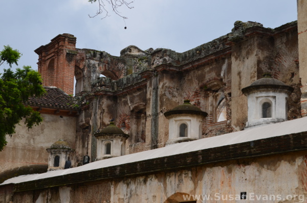 antigua-guatemala-building