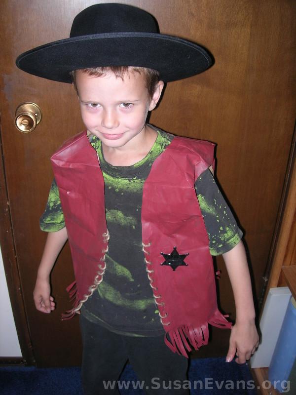 cowboy-vest-craft